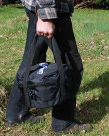Taske til støbejernsgryde